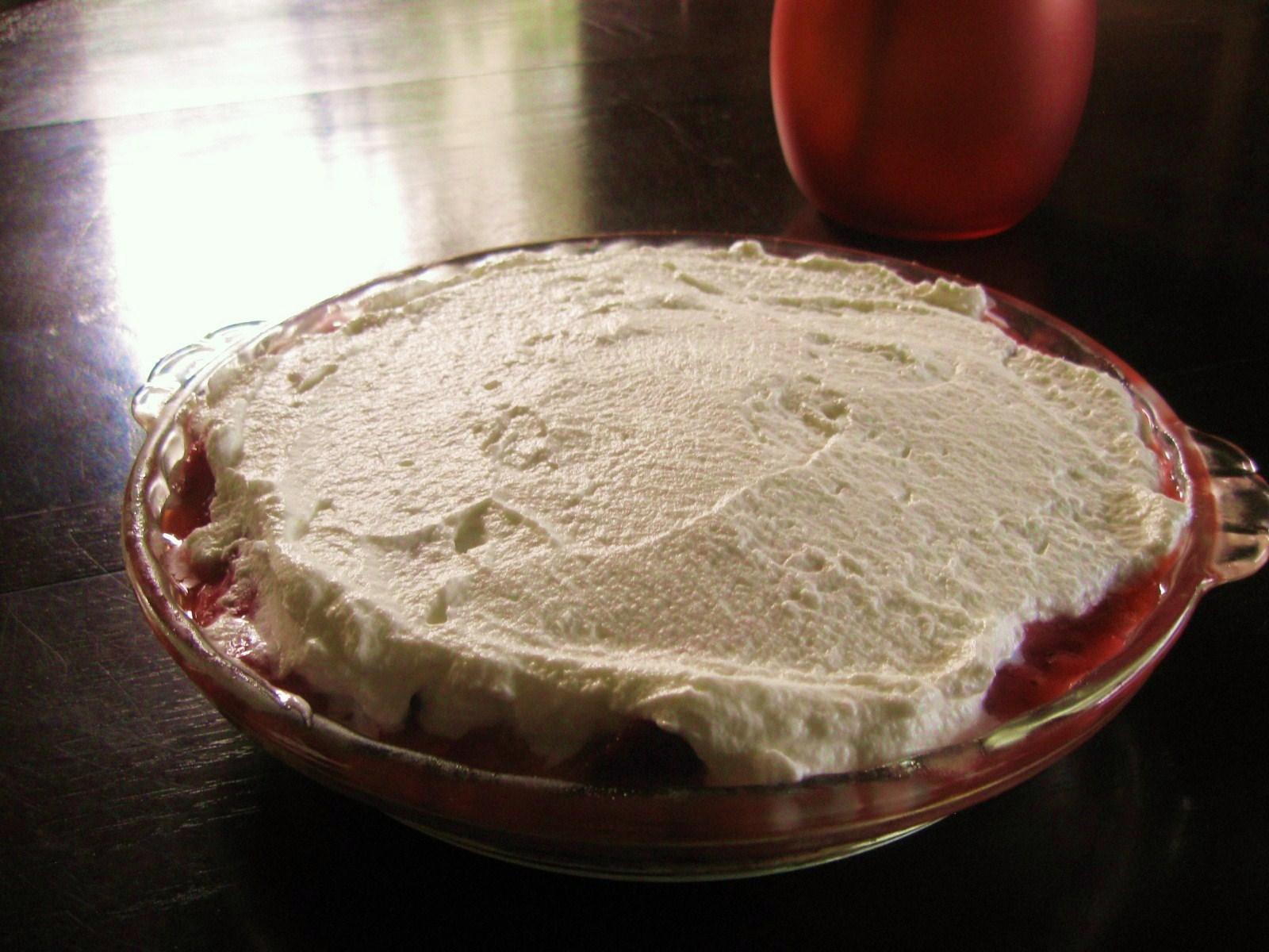Strawberry Icebox Pie - Latino Foodie