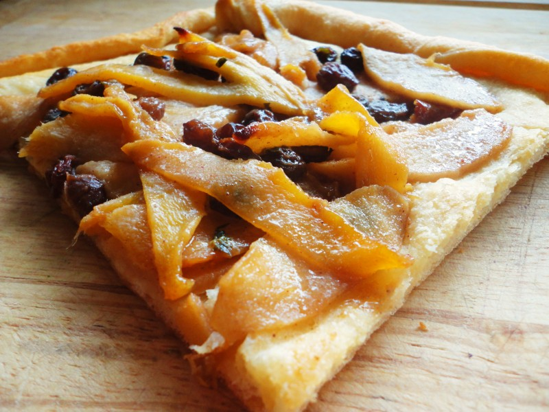 Spiced Apple-Mango Pastry