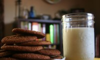 Gingersnap Cookies and Milk Make Bedtime a Sweet Time