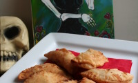 Chicken and Apple Empanadas – Just in Time for Dia de los Muertos