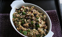 Thanksgiving Stuffing with Blueberries, Rosemary and Almonds