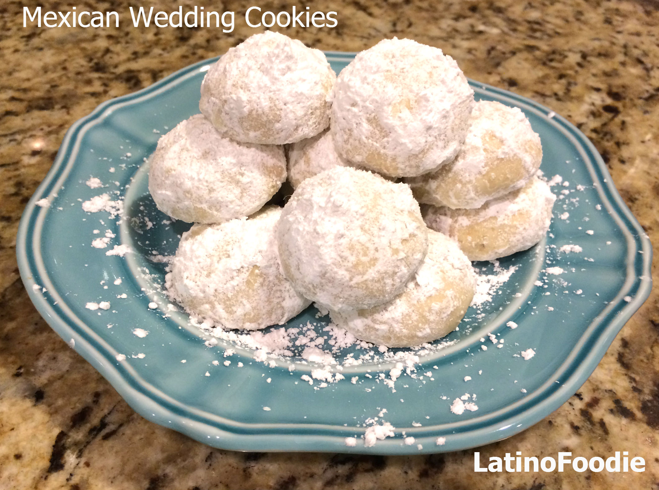 Recipe for Nutty and Delicate Mexican Wedding Cookies - Latino Foodie