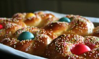 Braided Italian Easter Bread, A Festive Addition to Holiday Menu