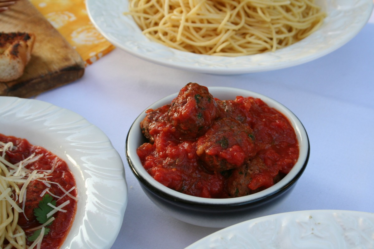Olive Garden's Cucina Mia inspired Chorizo Meatballs by LatinoFoodie.com