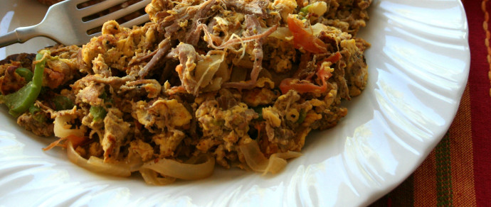 MACHACA CON HUEVOS – A FAVORITE MEXICAN BREAKFAST