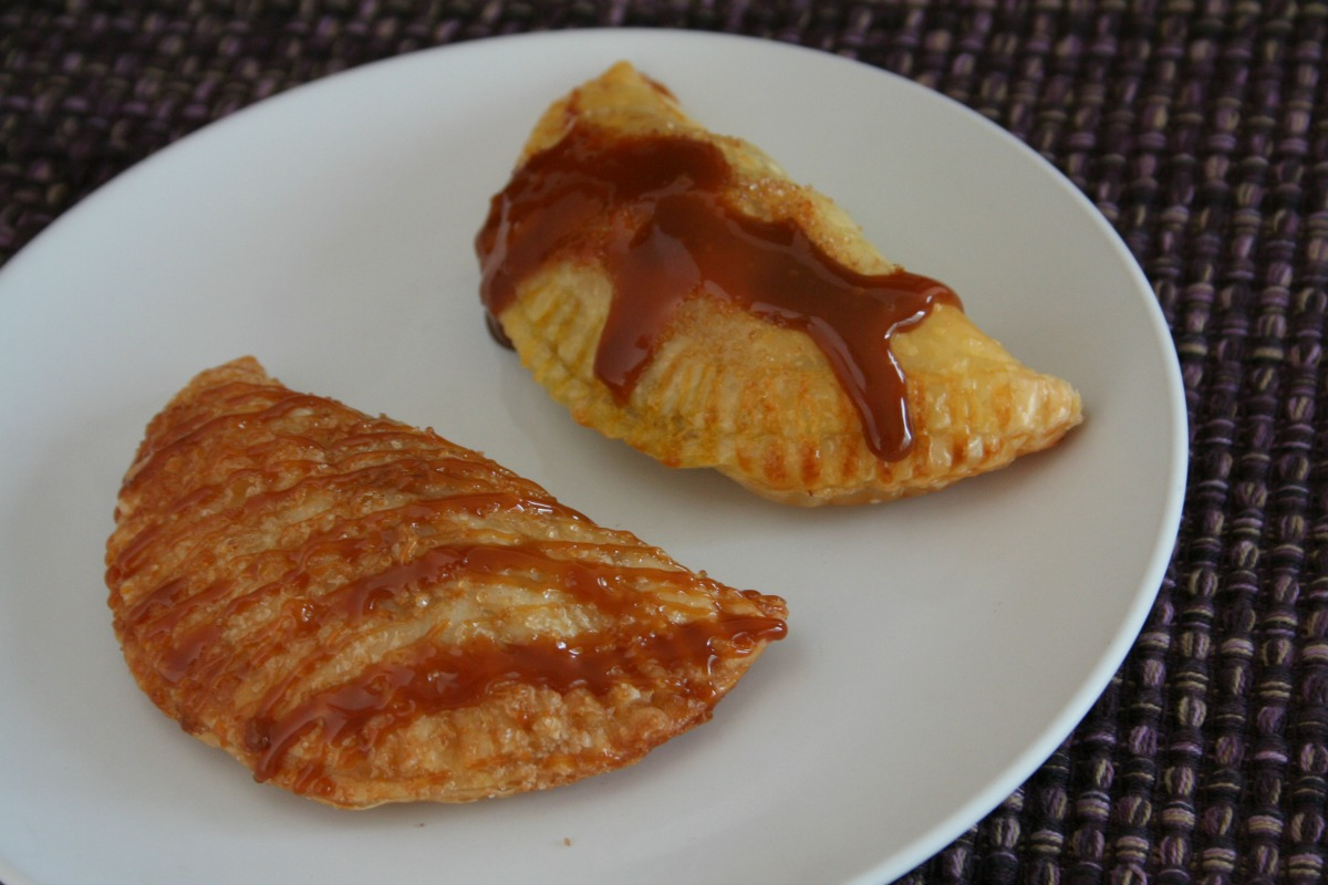 ... FOR THE WIN: SNICKERS® CINNAMON APPLE EMPANADAS - Latino Foodie