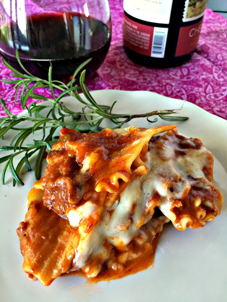 Served lasagna with wine vert