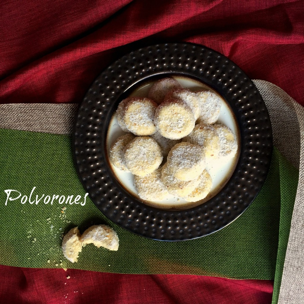 Splenda Polvorones - Mexican Wedding Cookies | Latinofoodie.com