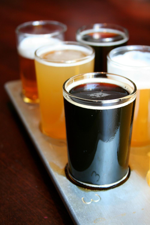 Yard House - Beer Flight  LatinoFoodie.com