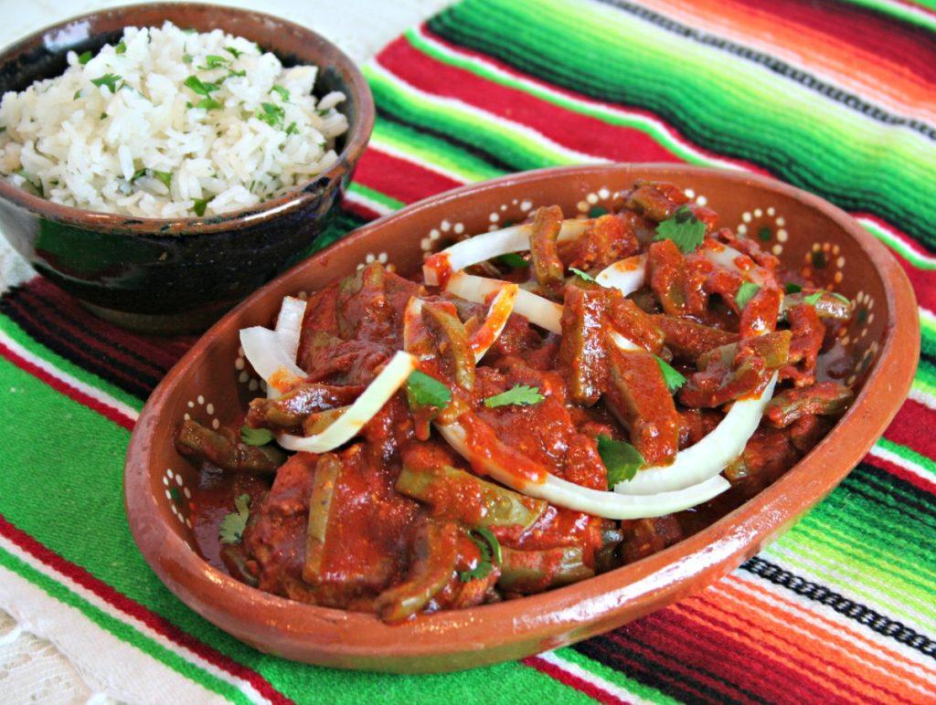 chuletas-with-rice-latinofoodie